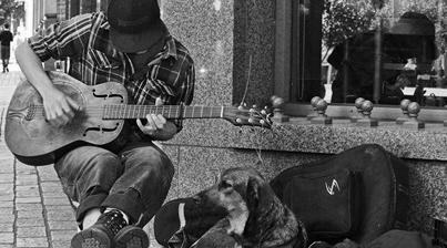 Sokak Müzisyeninde Süper Keman Gösterisi